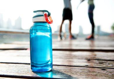 Co hamuje rozwój mięśni?